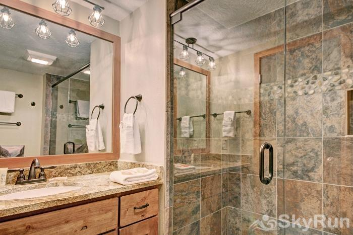 2054 The Pines Guest Bathroom