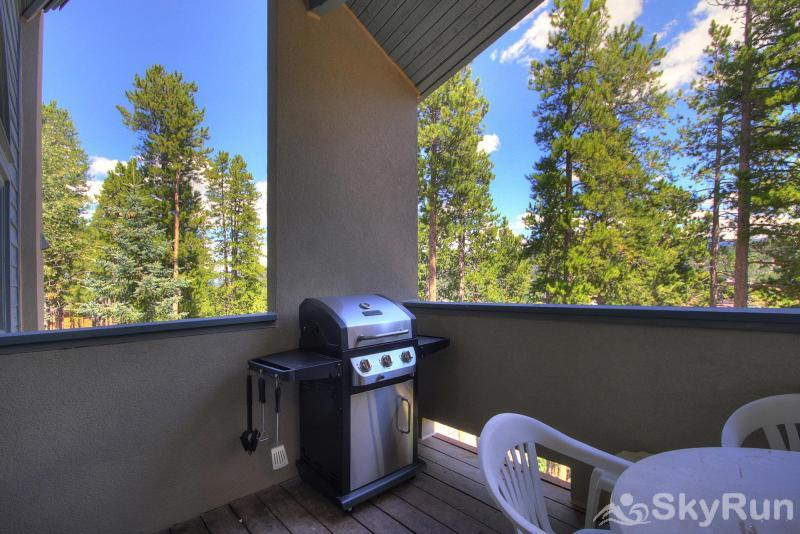 Chimney Ridge 512 Private BBQ outside of the queen bedroom