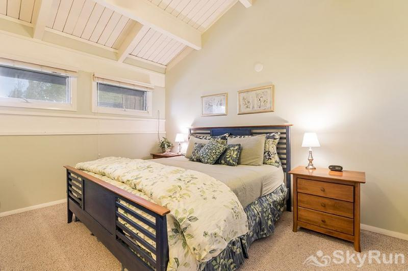 Herbage Townhomes A6 The King size bed in the master bedroom is lovely.
