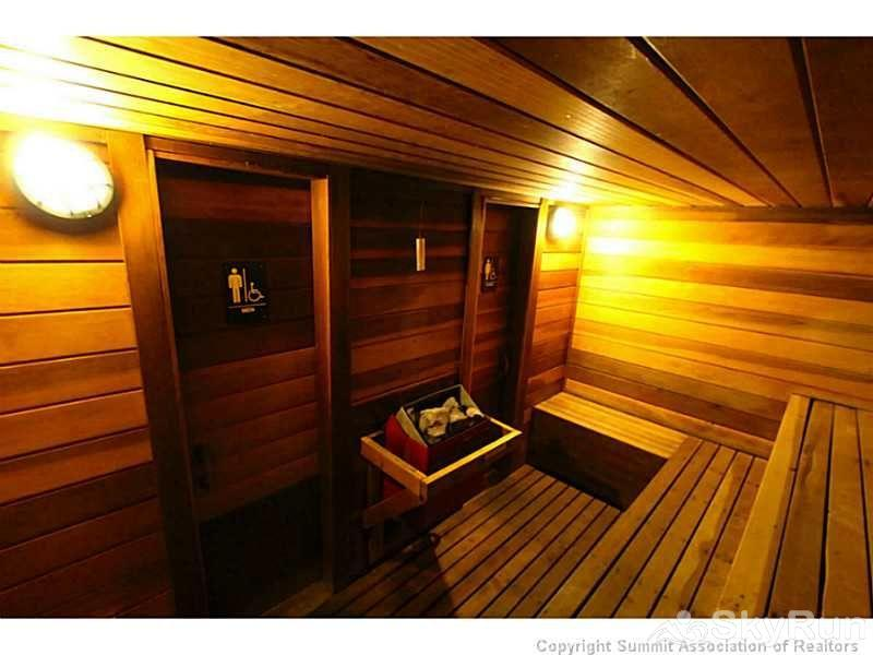 WL481 West Lake Lodge Sauna