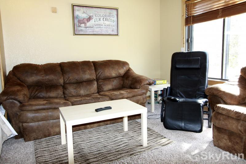 Snowblaze Athletic Club Studio Living room Pull out couch