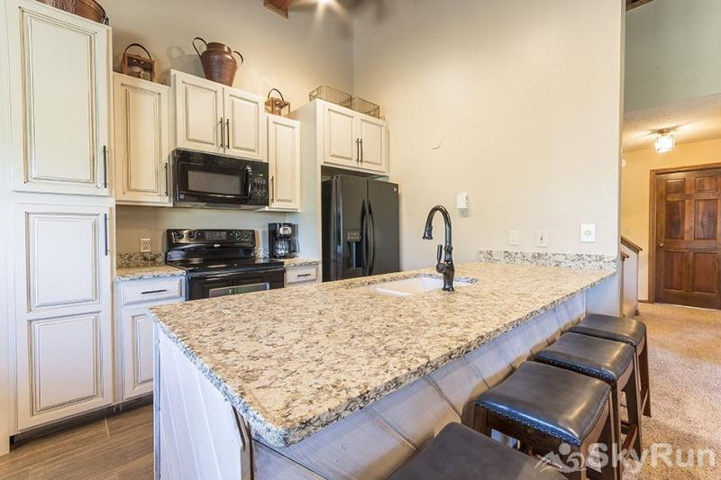 Phoenix 118A You'll love this fully-stocked, and newly renovated spacious kitchen.