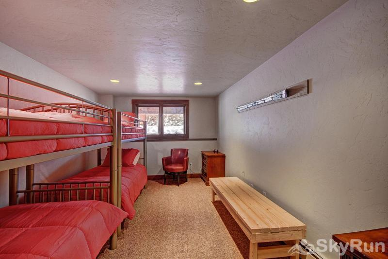 Casa de Plata Bunk Room - Sleeps 4 (Lower Level)