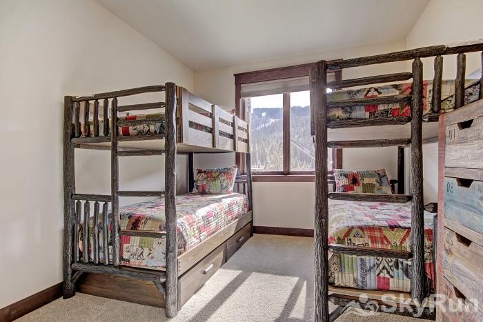 47 River Run Townhomes Bunk Beds