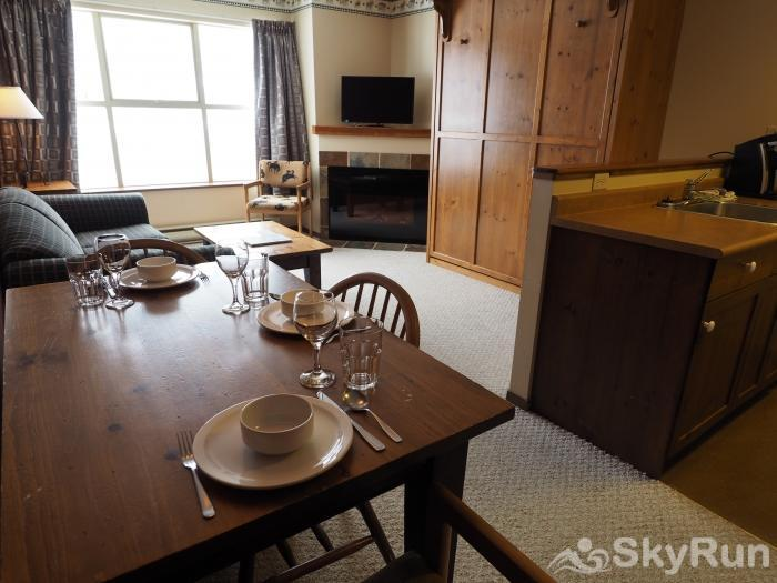 Apex Mountain Inn 1 BDRM Suite 203-204