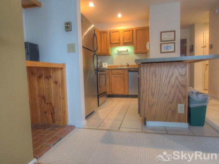 Sugarbush 1-bedroom Mountainside Modern Kitchen