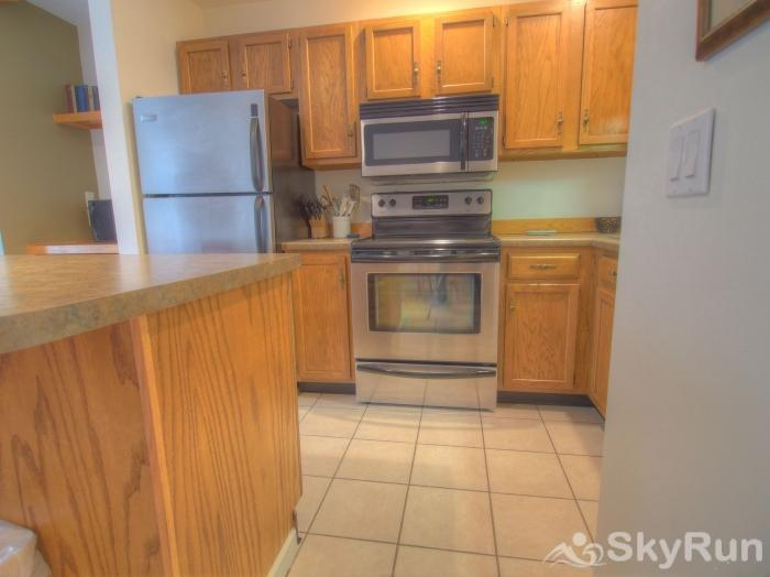 Sugarbush 1-bedroom Mountainside Updated Kitchen