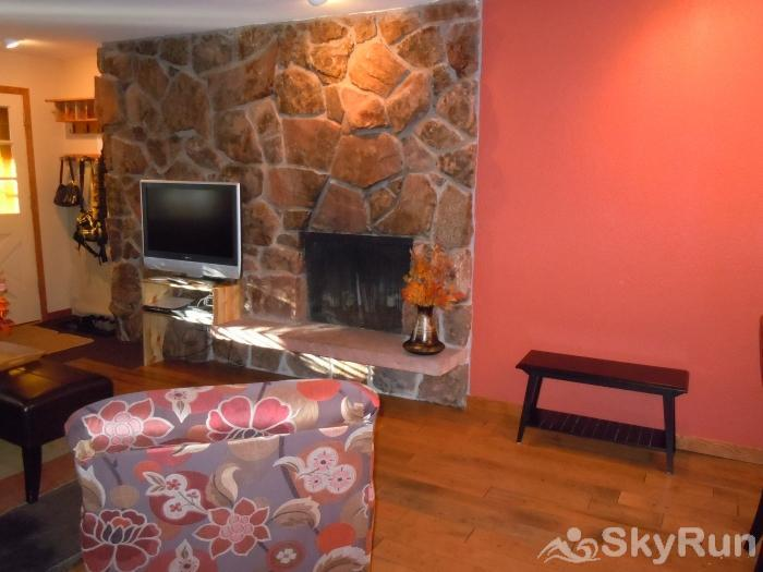 Hi Country Haus - 2 bedroom - Perfect Mountain Retreat - Pets Welcome