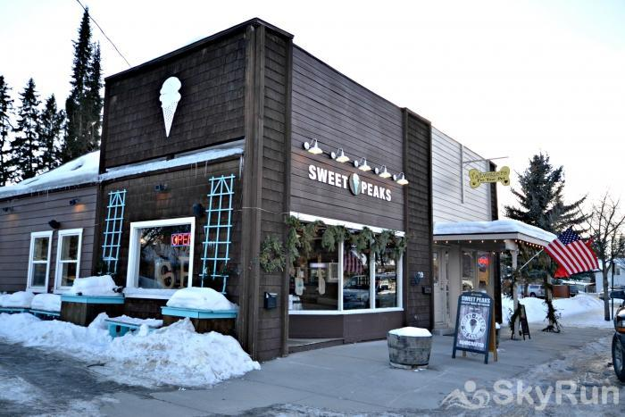 DOWNTOWNER COTTAGE Walking Distance to the Best Ice Cream Around