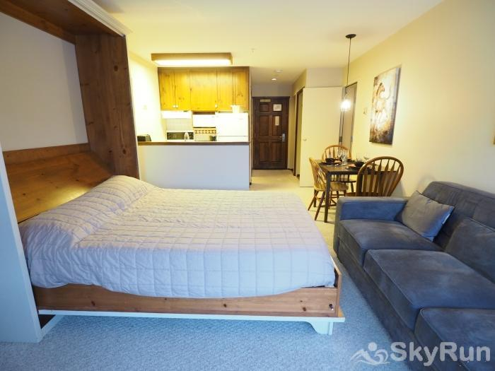Apex Mountain Inn 1 BDRM Suite 307-308