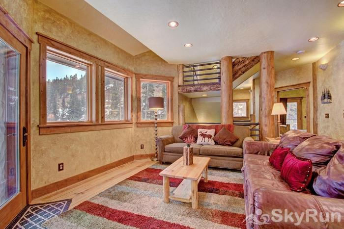 Lodgepole Chalet Enjoy forest and mountain views from the comfort of your living room