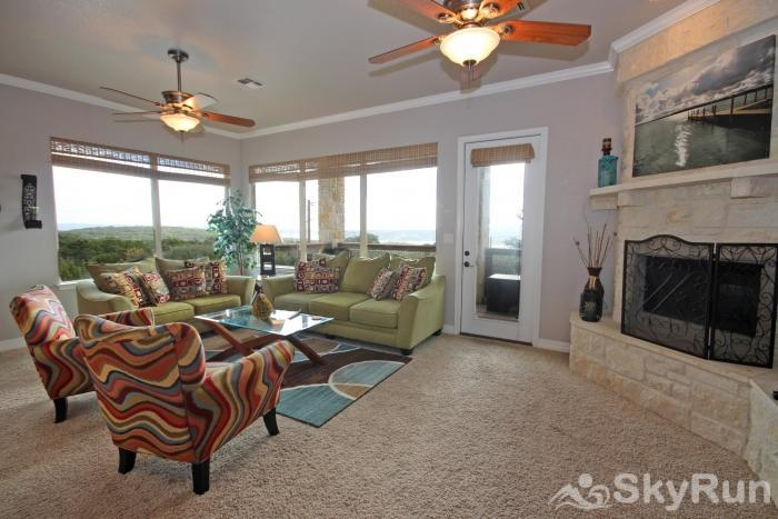 THREE'S A CHARM Comfortable Living Room with Lake View