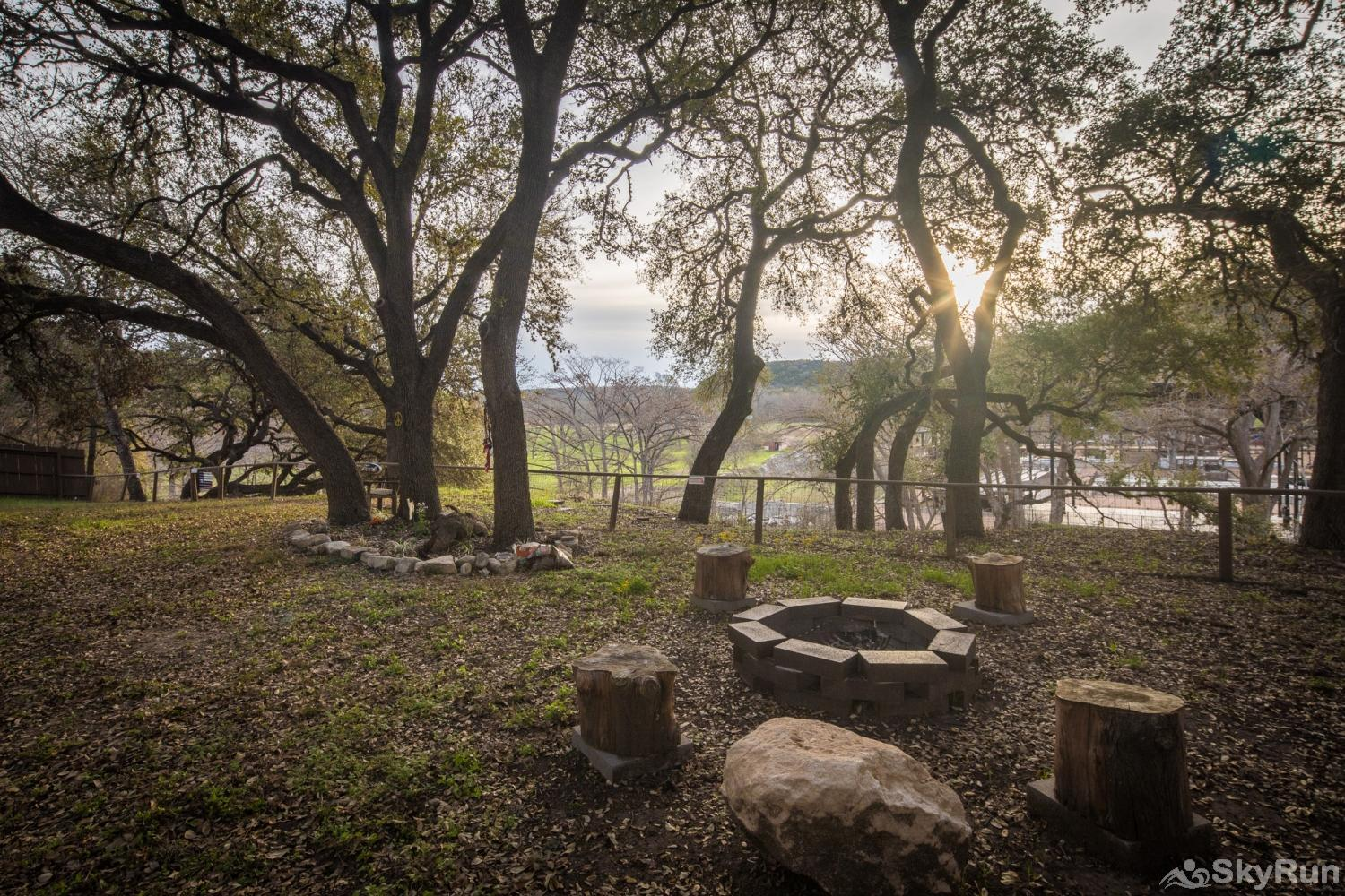 HONEY HAUS ON THE HORSESHOE Book Your Guadalupe River Vacation with SkyRun Today!
