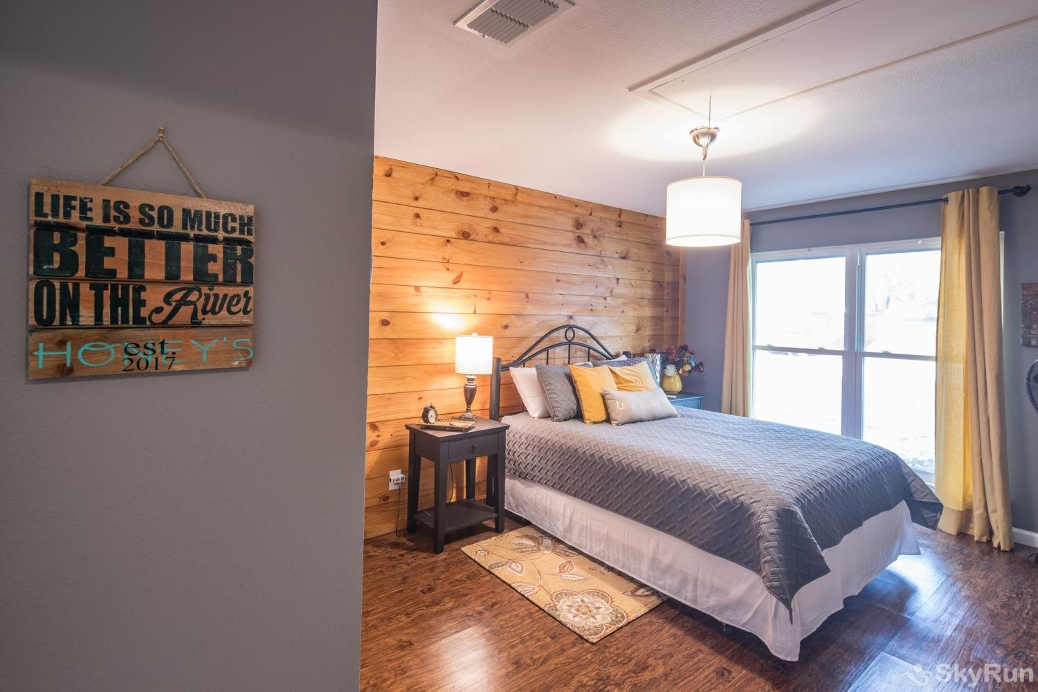 HONEY HAUS ON THE HORSESHOE Second Bedroom with Queen Bed