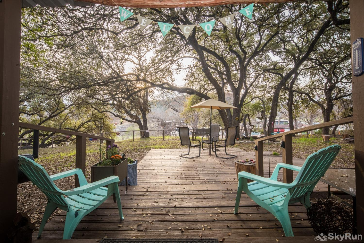 HONEY HAUS ON THE HORSESHOE Honey Haus' Back Porch Overlooking the Guadalupe River