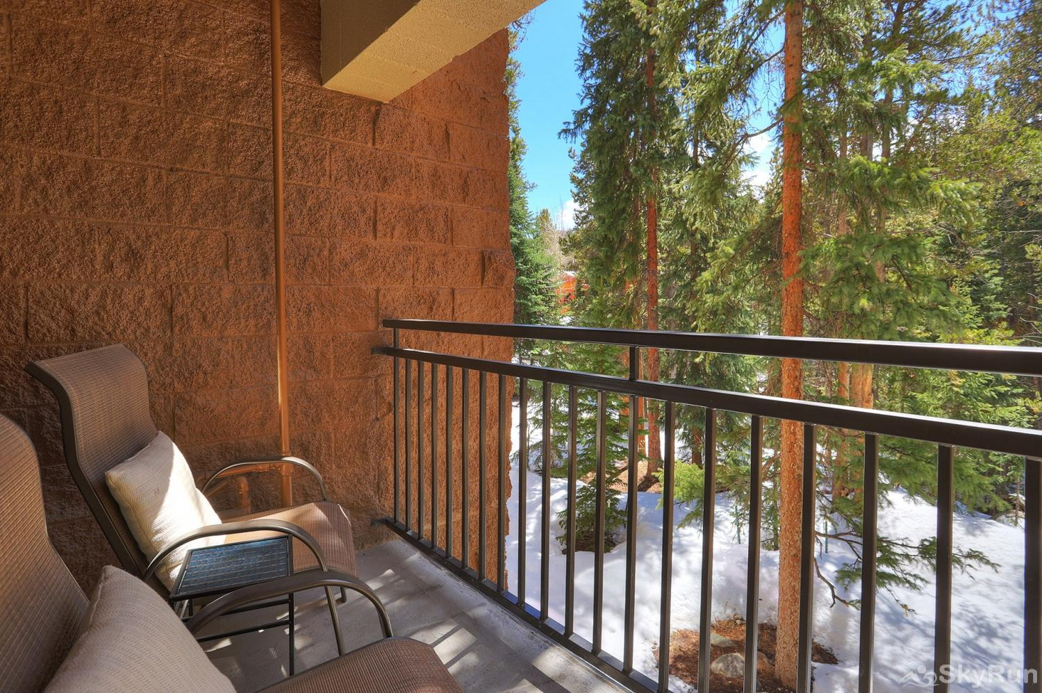Powderhorn C202 Private outdoor balcony with forest views
