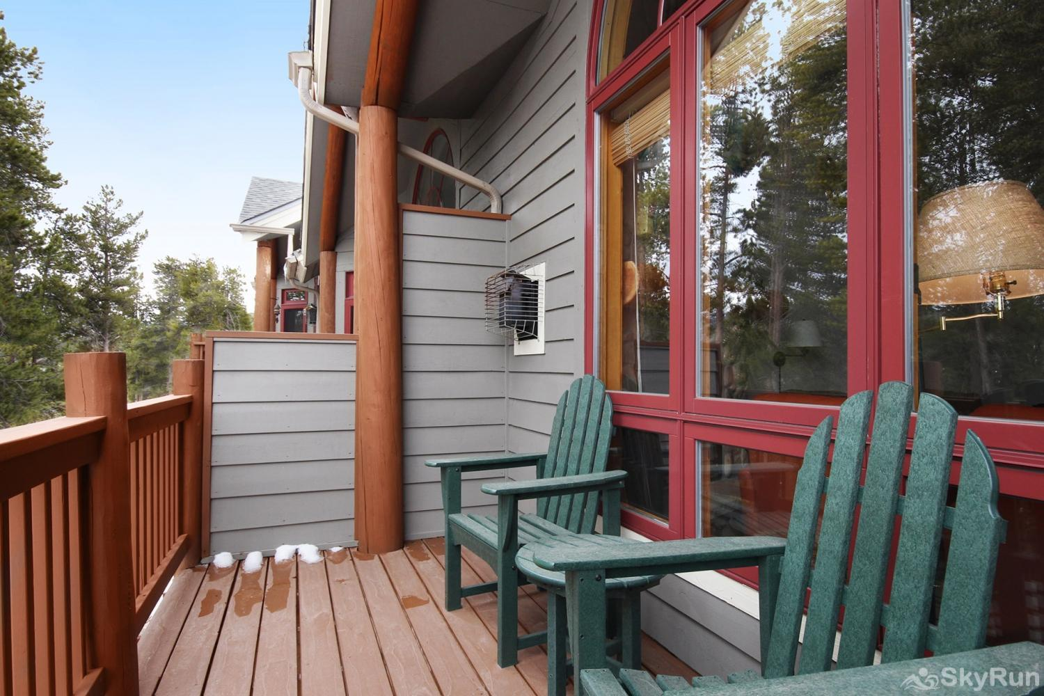 Elk Ridge 406 Breathe in that fresh mountain air while enjoying the serenity of 3 private decks