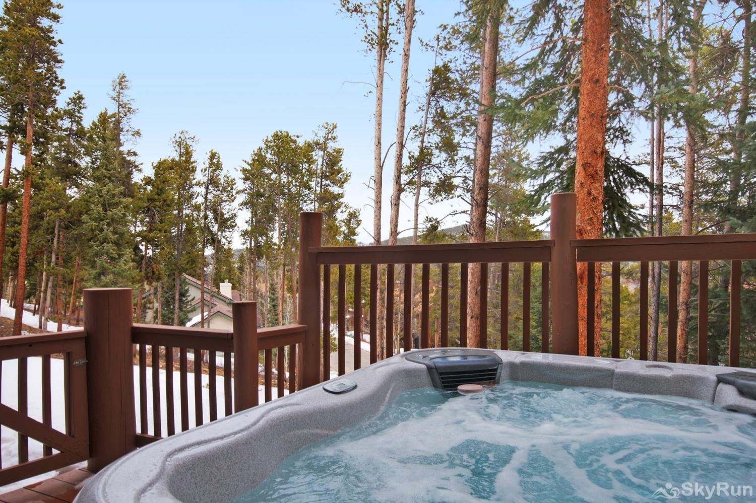 Elk Ridge 406 Relax and unwind in your private outdoor hot tub