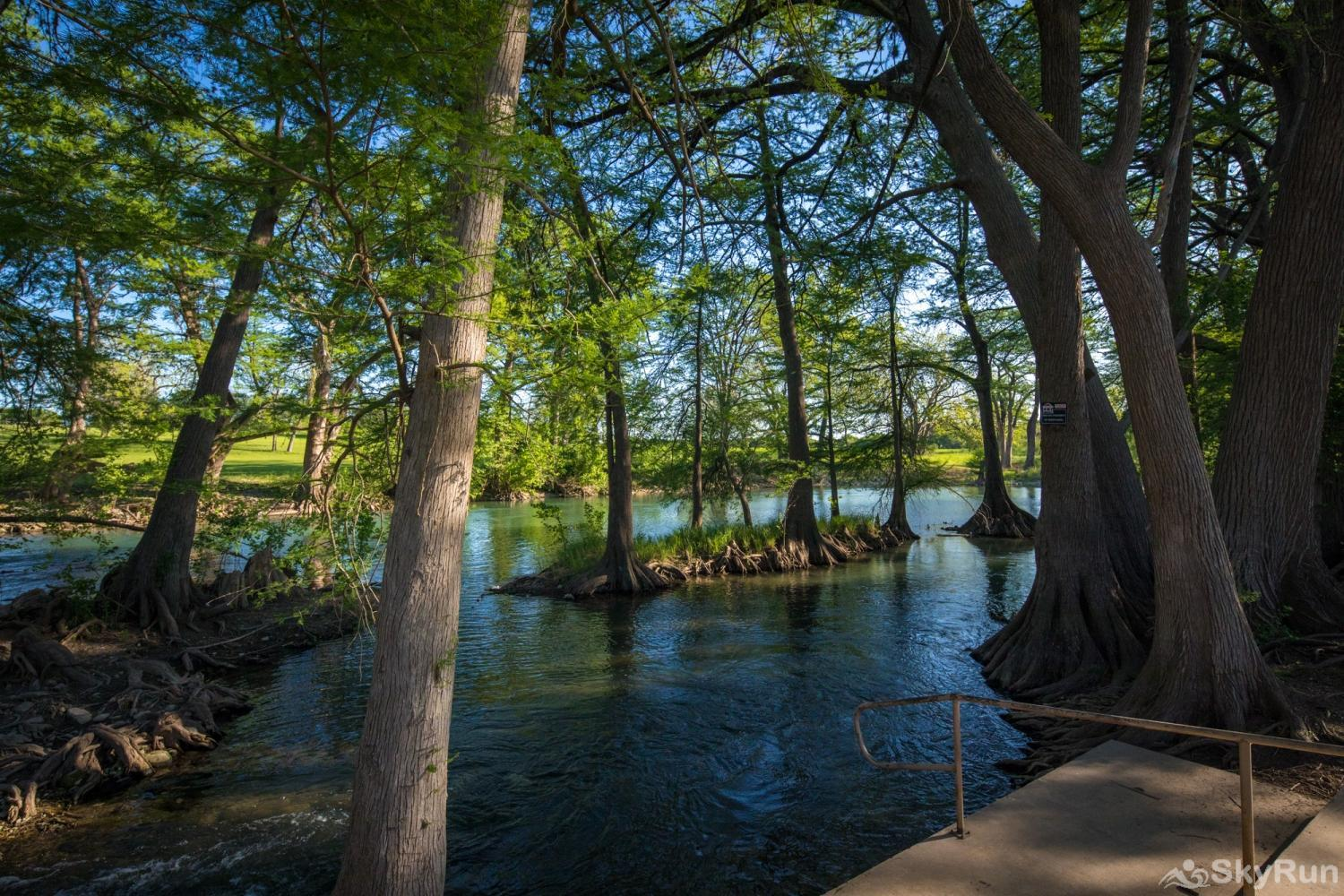 WATERWHEEL ESCAPE CONDO Experience the Clear Waters of the Guadalupe River