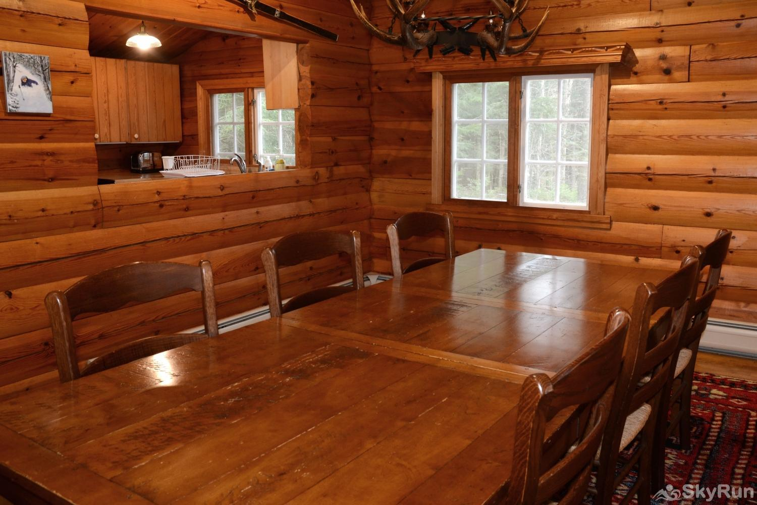 Norwegian Lane House Dining area