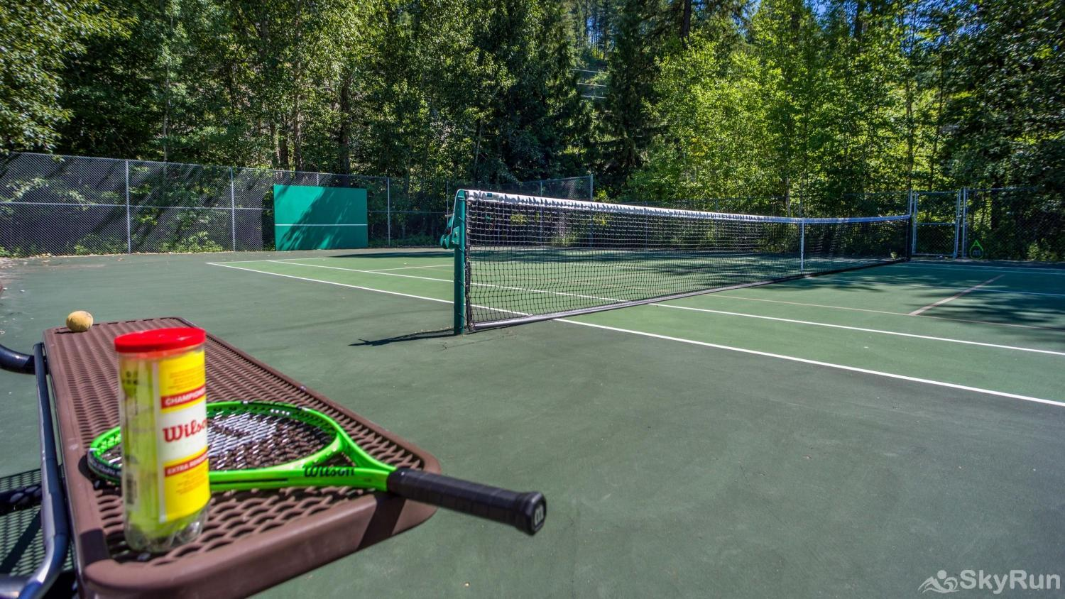 Red Fox Hollow Tennis courts near by