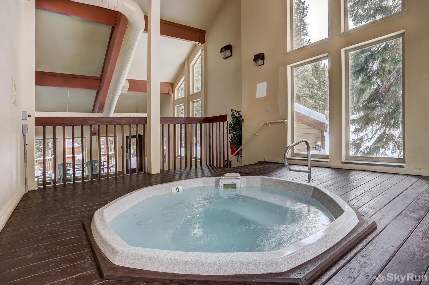 Tyra Summit A2F Additional hot tub indoors
