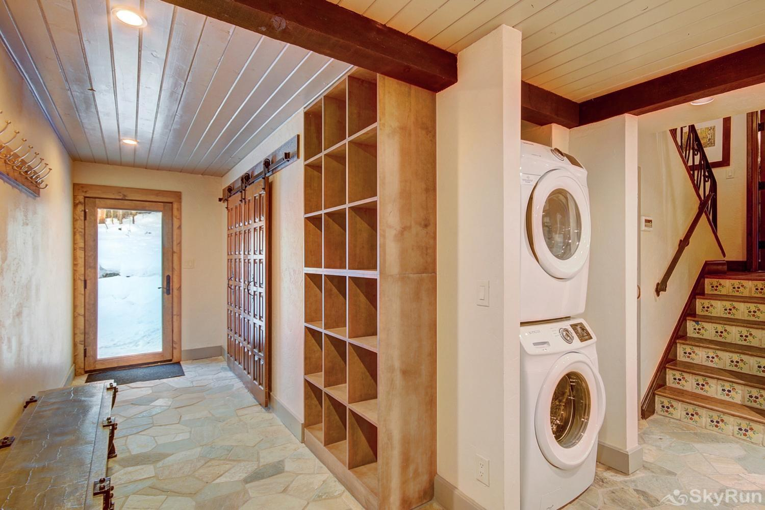 Creekside Chateau Convenient in-home washer and dryer