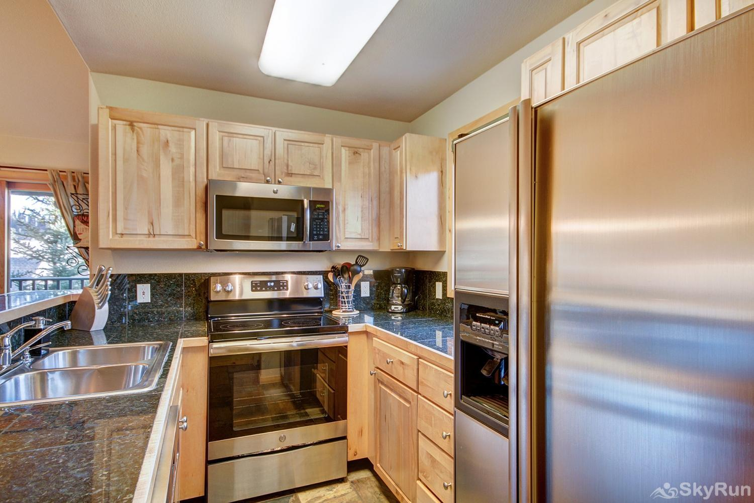 Twin Elk Lodge D16 Fully equipped kitchen updated with stainless steel appliances