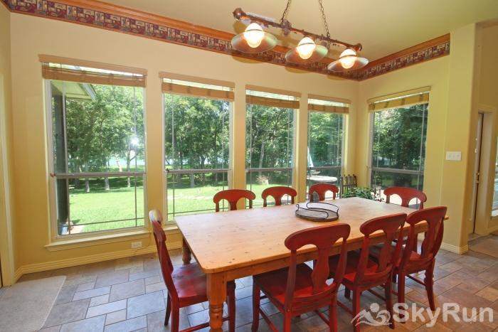 PECAN SHORES RETREAT Dining Area with Lake View