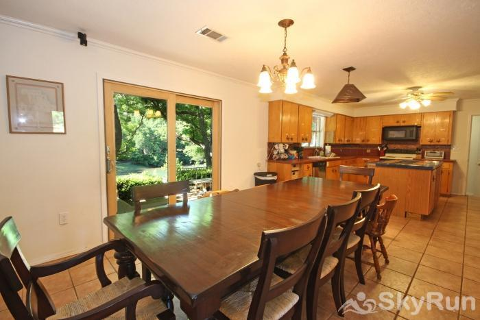 GUADALUPE RIVER GETAWAY Large Dining Table & Kitchen
