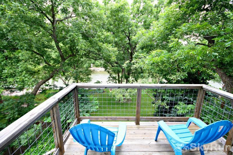 JACKS RIVER HAUS AND STUDIO APARTMENT COMBO Private Deck off Master Bedroom