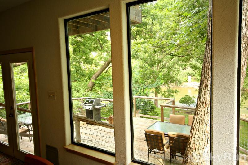 JACKS RIVER HAUS AND STUDIO APARTMENT COMBO Deck Access from Main Living Space