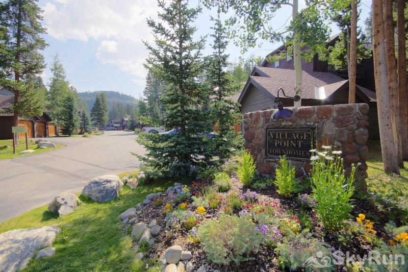 Village Point 109 Ideally located in Breckenridge's Village Point complex
