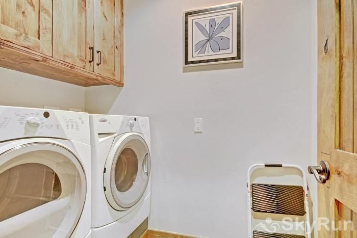 LR932 Cloud Nine at Copper Private Washer and Dryer