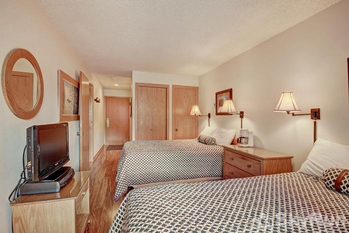 Foxpine Inn Copper Mountain Hotel Room