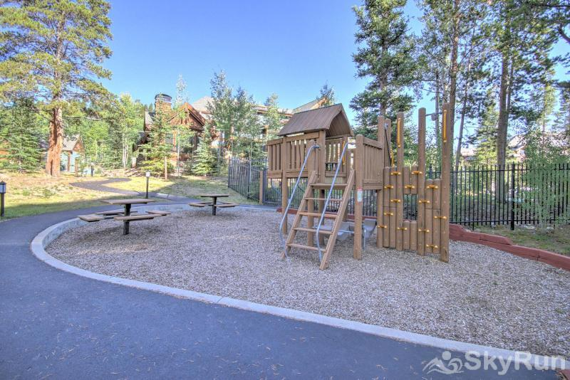 Breck Ski Chalet at Mountain Thunder Complex Offers Park for Children