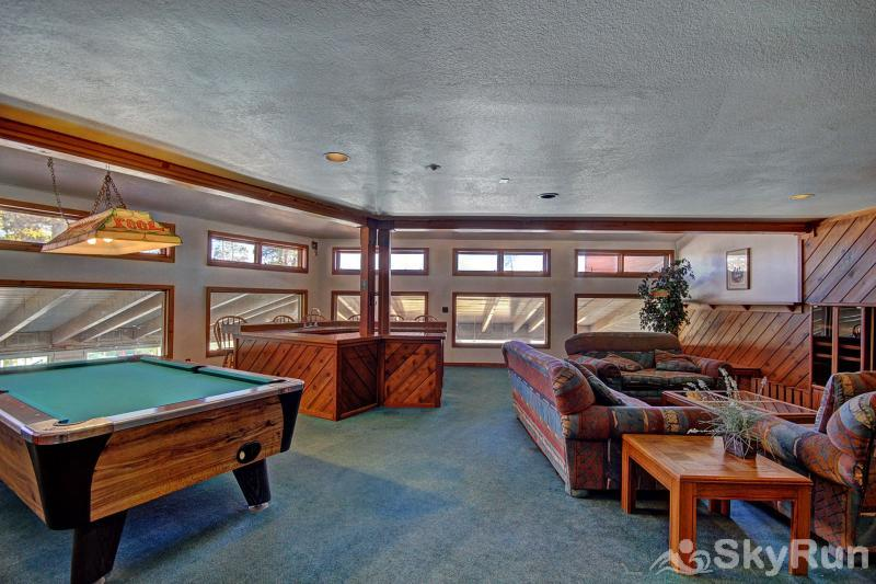 BB204 Buffalo Village 2BR 2BA Clubhouse with pool table