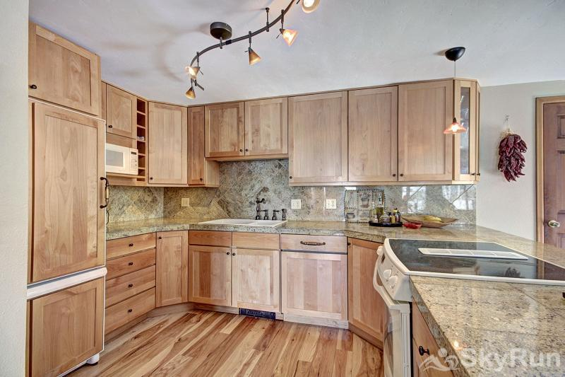 1250 Willow Grove Remodeled Full Kitchen