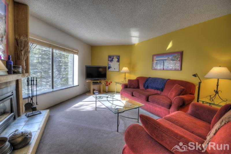 Powderhorn C201 Living room w/ flat screen TV and gas fireplace