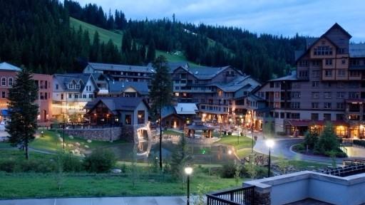 winter-park-village
